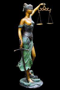 vrouwe justitia rechtbank
