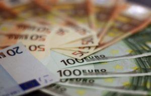 geld boete euro stash